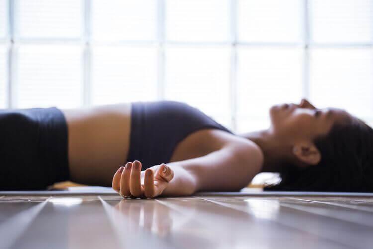 comment-respirer-correctement-exercices-de-respiration-profonde-exercice-drespiration-pour-dormir-technique-de-respiration-yoga-coherence-cardiaque-365-coherence-cardiaque-bienfaits-coherance-cardiaque-zen-coherence-cardiaque-david-servan-schreiber