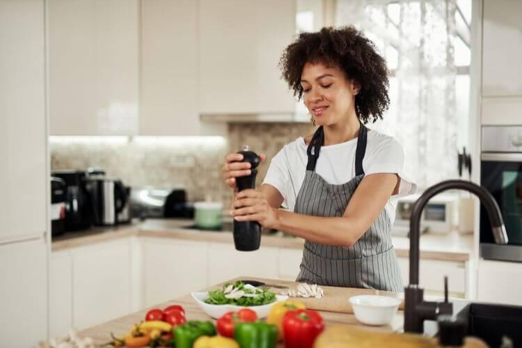 consommation-de-sel-par-pays-taux-de-sel-dans-les-aliments-comment-limiter-sa-consommation-de-sel-quantite-de-sel-dans-le-pain-besoins-journaliers-en-sodium-limiter-le-sel-alimentation-comment-reduire-le-sel-dans-l-alimentation-