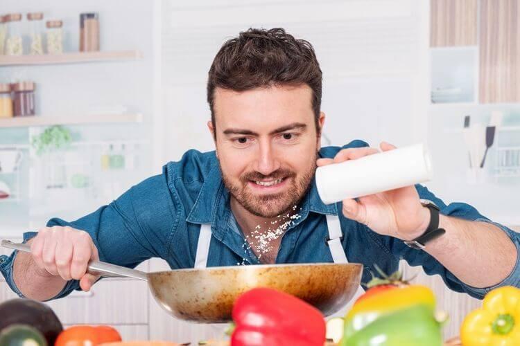 sodium-recommande-par-jour-truc-pour-diminuer-le-sel-sel-et-sodium-consommation-sel-france-sodium-aliments-les-plus-riches-en-sodium-aliment-pauvre-en-sel-sodium-alimentation-aliment-pauvre-en-sel-sel-cache-fromage-peu-de-sel-aliment-naturel-riche-en-sodium