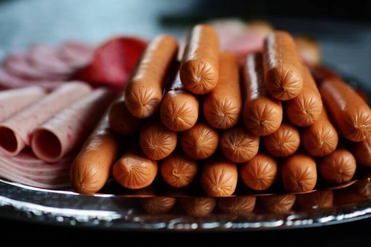 viande-rouge-cancer-colorectal-viande-transformee-fraiche-qu-appelle-t-on-viande-transformee-cancer-viande-poisson-transforme-viande-preparee-prete-a-cuire-viande-transformee-en france-porc-cancerigene